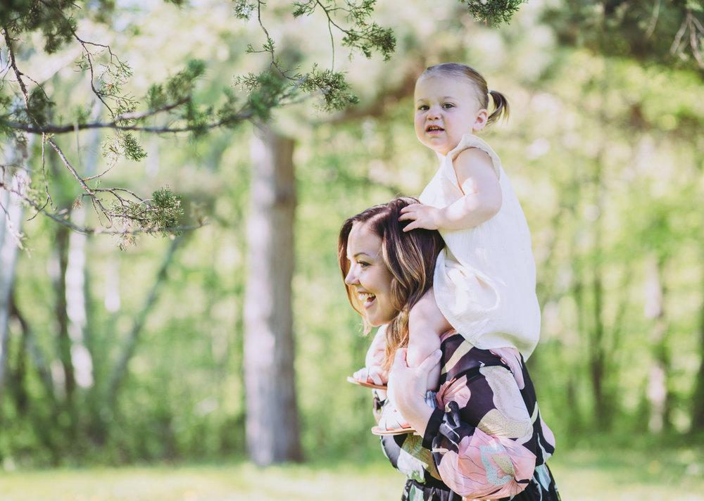 Mommy_and_me_photoshoot_HudsonWI_BirkmosePark4