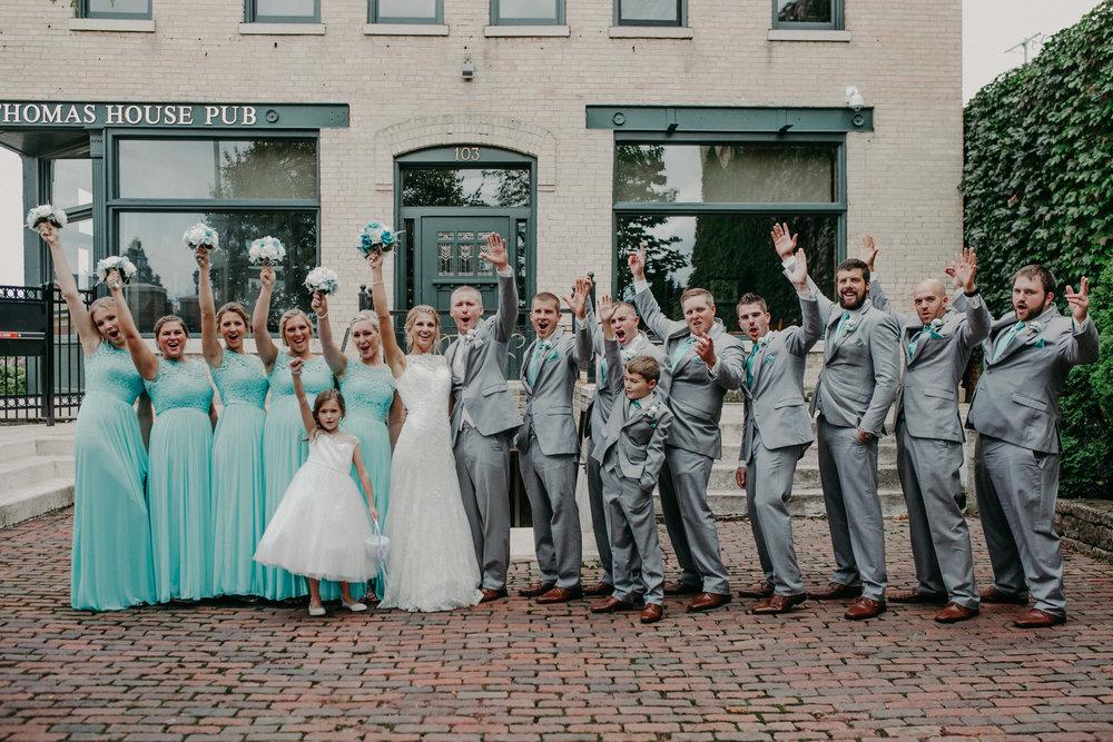 Thomas-house-wedding-party-marshfield-wi-photographer