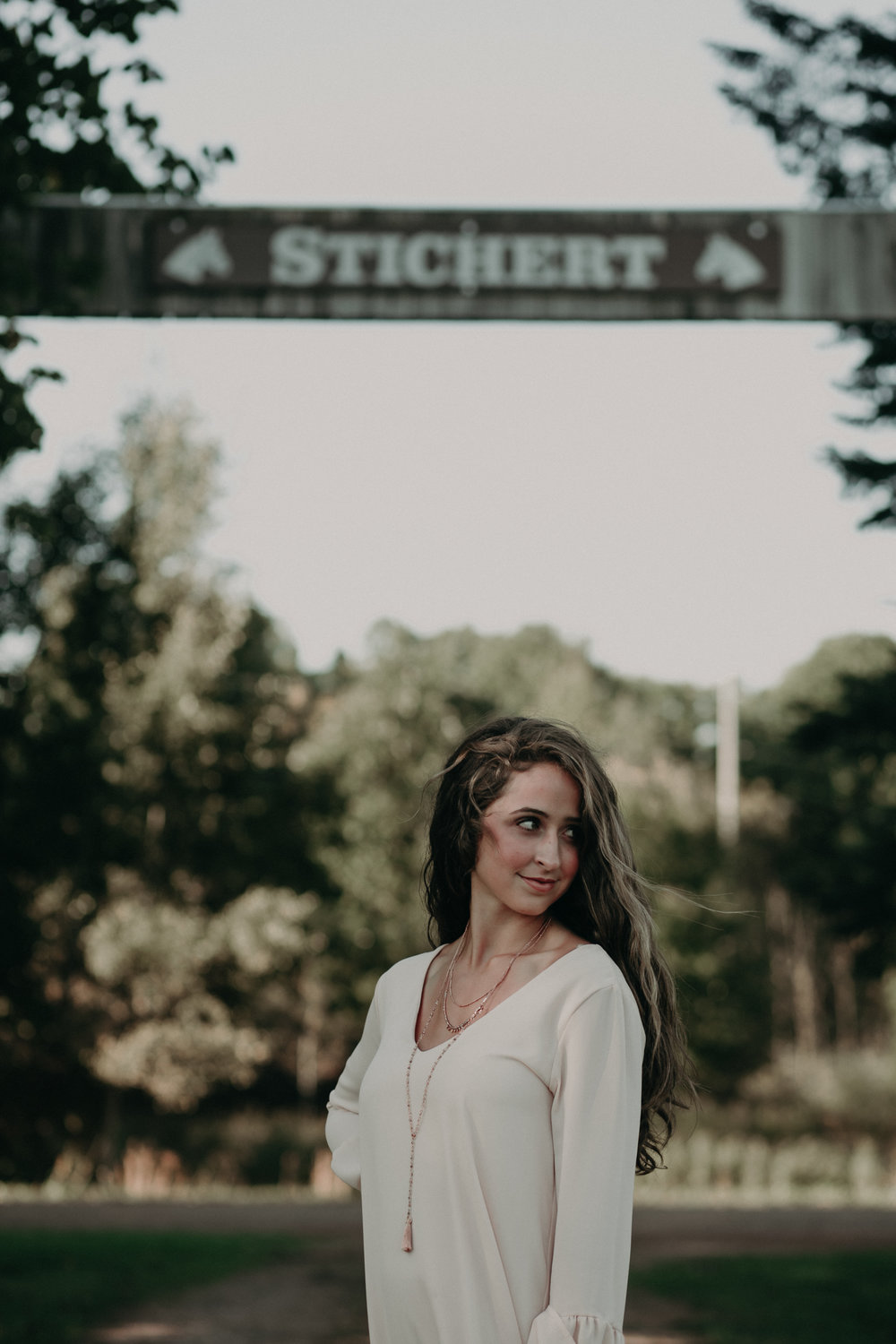 Andrea Wagner Photography specializes in senior portraits in Chili Wi on Stichert Farms