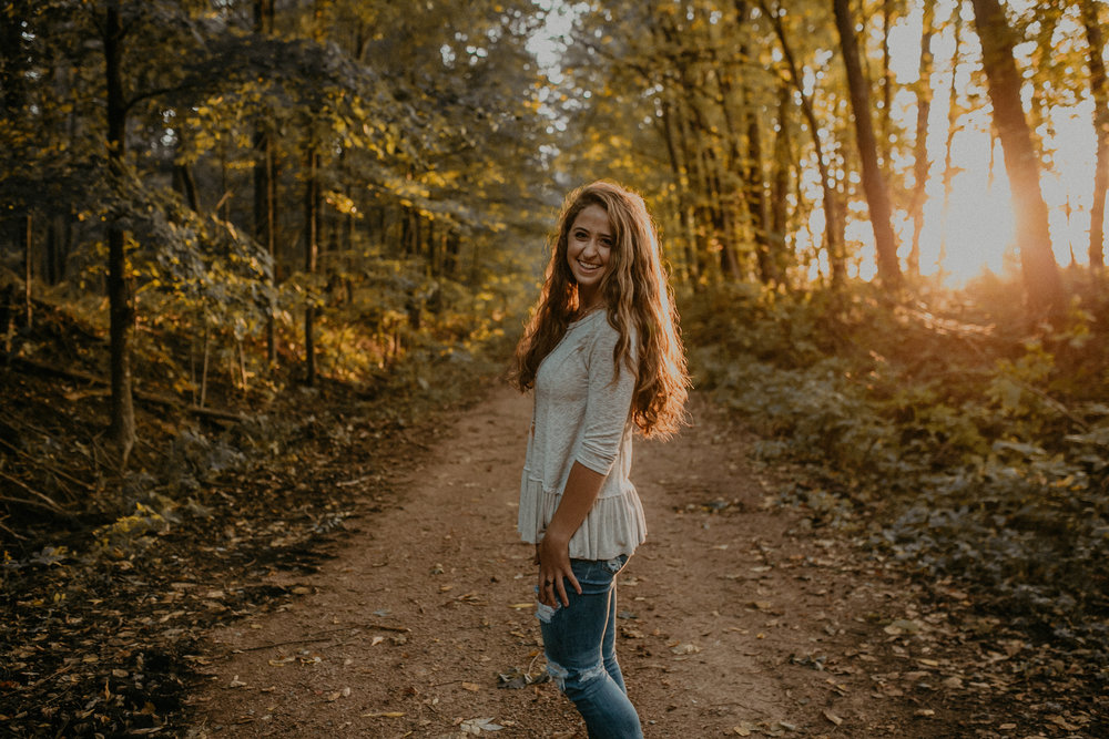 Andrea Wagner Photography photographs high school seniors in central and western WI