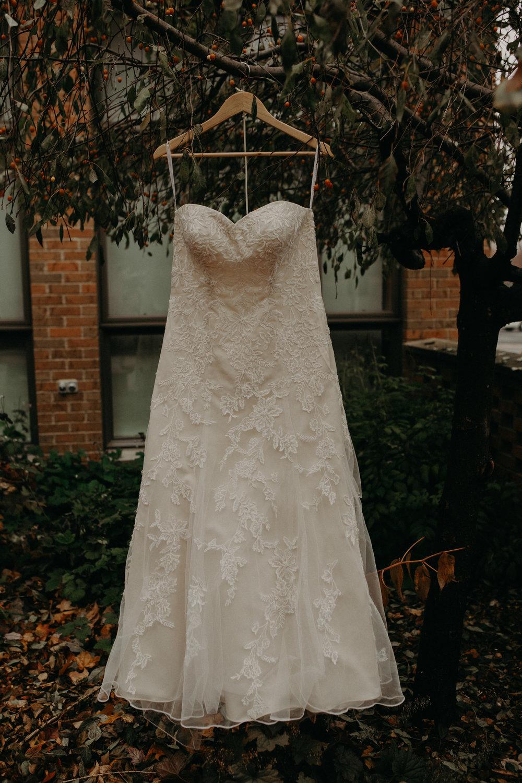 wedding-dress-st-bridgets-catholic-church-fall-wedding