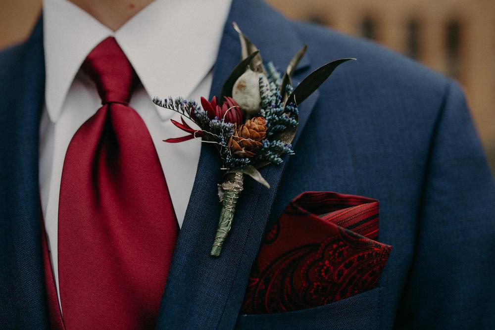 mens-warehouse-tuxedo-river-falls-wedding