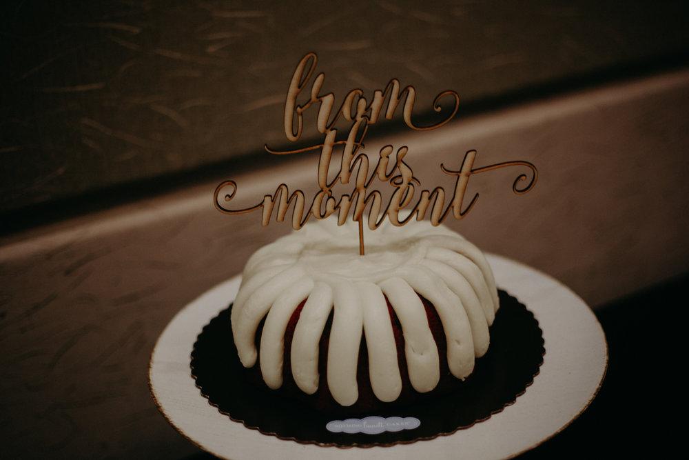 nothing-bundt-cakes-i-do-woodbury-mn-wedding