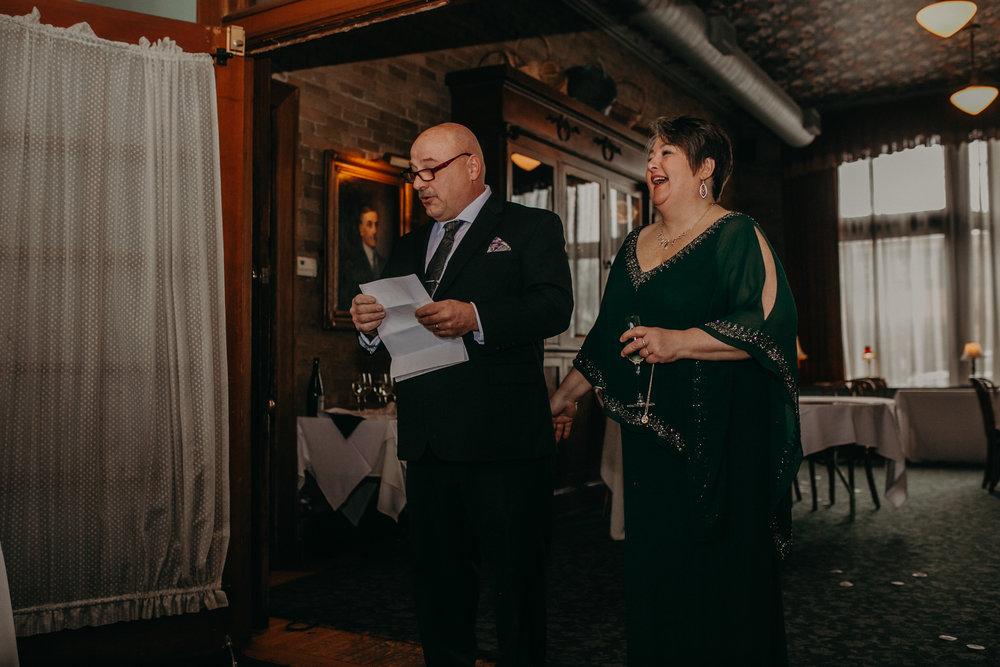Intimate_Wedding_St_Paul_MN_WA_Frost_Sweeneys_Andrea_Wagner_Photography (59 of 99).jpg