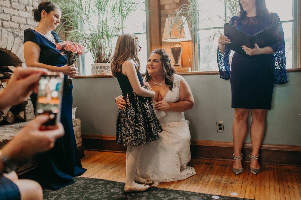Intimate_Wedding_St_Paul_MN_WA_Frost_Sweeneys_Andrea_Wagner_Photography (50 of 99).jpg