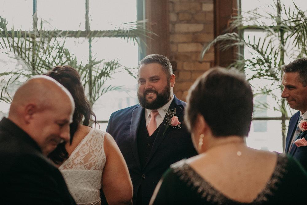 Intimate_Wedding_St_Paul_MN_WA_Frost_Sweeneys_Andrea_Wagner_Photography (44 of 99).jpg