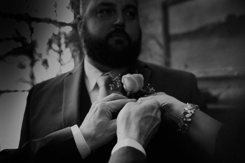 Intimate_Wedding_St_Paul_MN_WA_Frost_Sweeneys_Andrea_Wagner_Photography (29 of 99).jpg