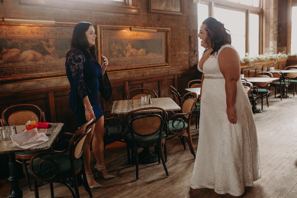 Intimate_Wedding_St_Paul_MN_WA_Frost_Sweeneys_Andrea_Wagner_Photography (22 of 99).jpg