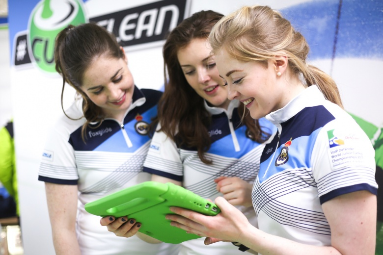 (Feature) #CurlClean - Written for the World Curling Federation