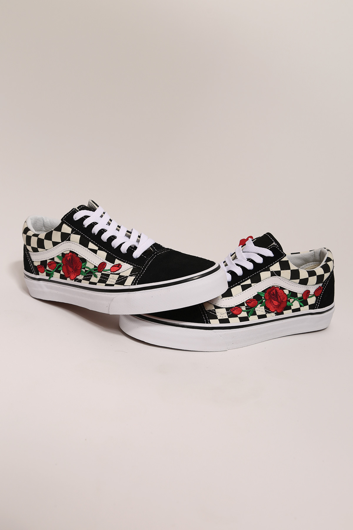81184e9917a custom rose vans checkered old skool low top — iamkoko.la
