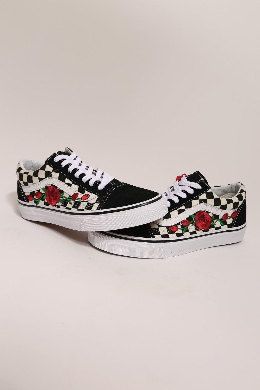 vans avec des roses chaussure