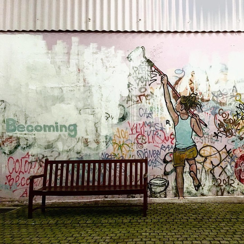 #becoming #sri_lanka #street_photography #grafitti #grafittiwall #grafittiart #colombo  (at Park Street Mews)