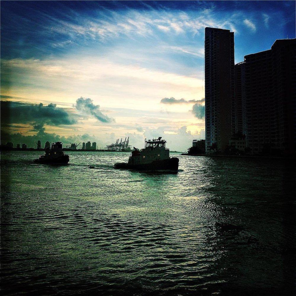 About the last days in Miami #hipstamatic #JohnS #Hackney #landscape #miami  (at EPIC Residences)