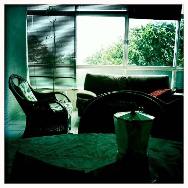 Manhã de sábado   John S Lens, Blanko Film, No Flash, Taken with  Hipstamatic