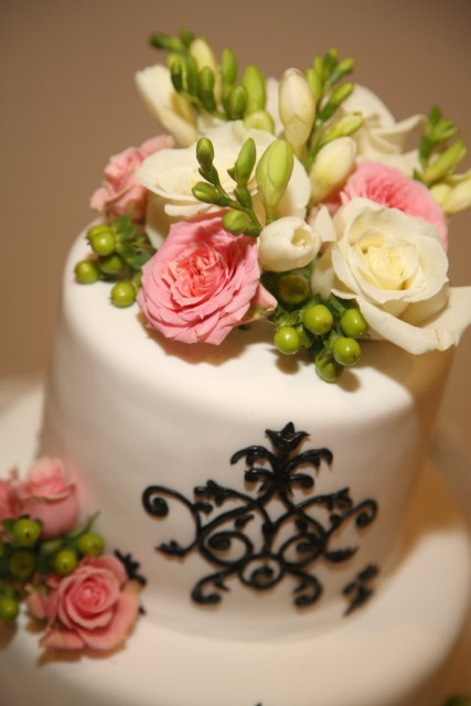 Jenny Layne Bakery Dallas DFW Wedding Cake 6