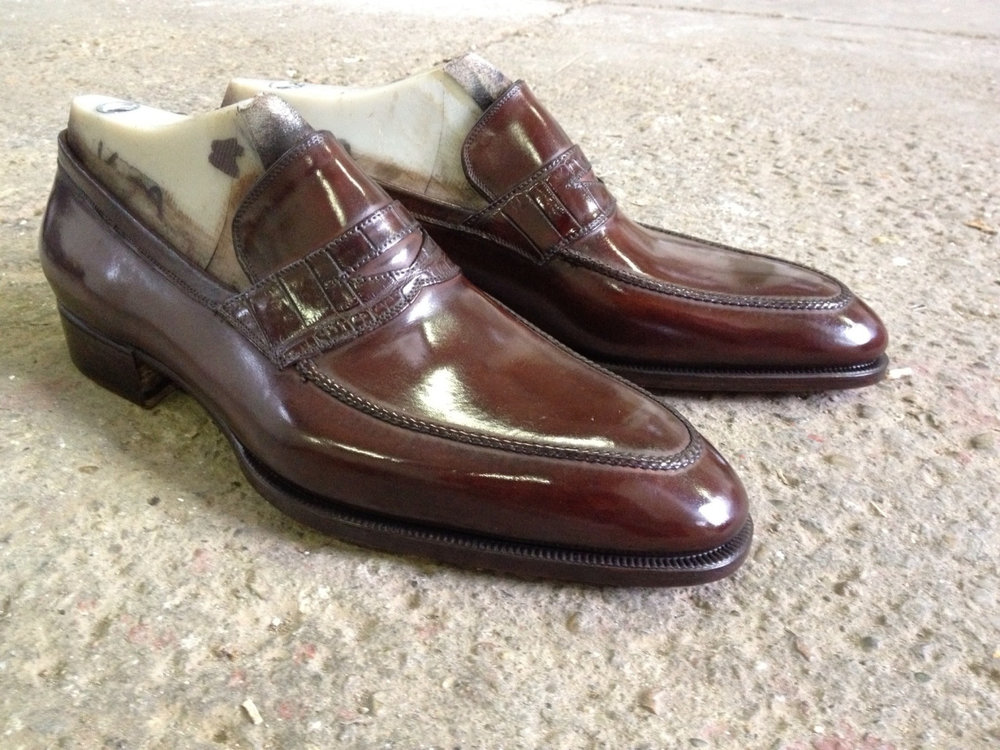 40681462951 - a bespoke loafer with a handstitched apron for a_1.jpg