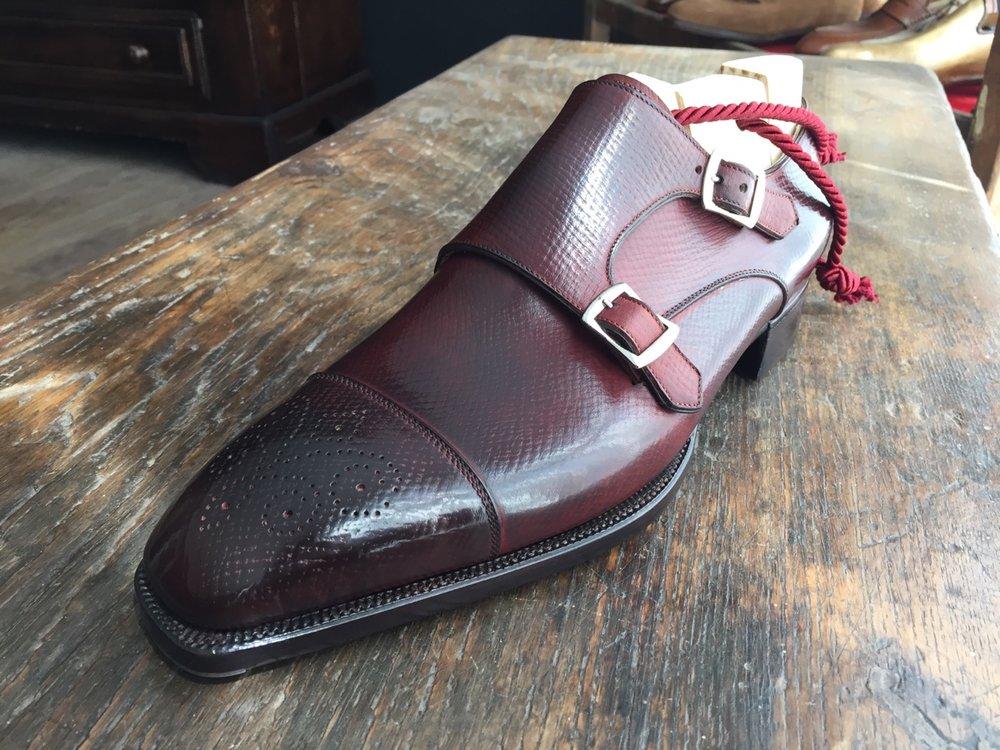 122666608265 - double buckle in hatch grain leather borgogna_3.jpg