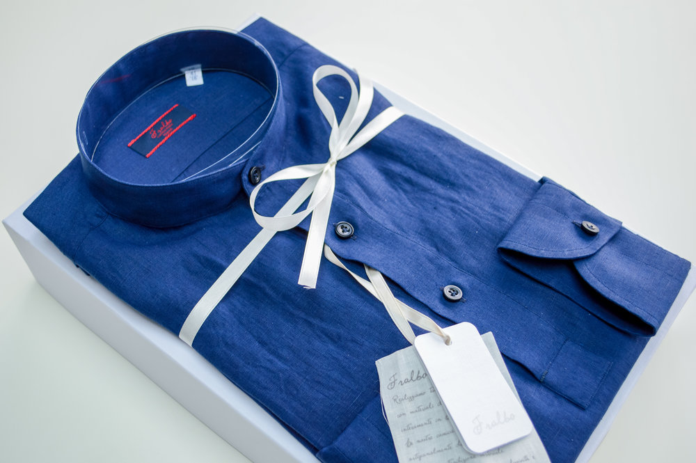 Atlas Bespoke London Tailor appointment trunk show Linen Shirt bishop collar 1.jpg