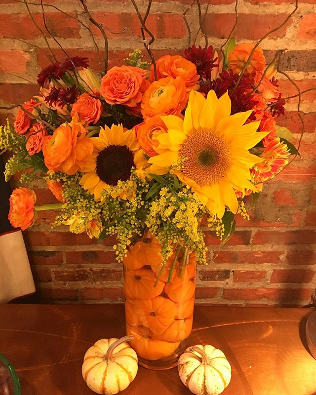 Happy Thanksgiving! 🌻🦃🌽🍁 #bMe #brittanymeadeevents #oliffyouforever #annapoliswedding #annapolisweddingplanner
