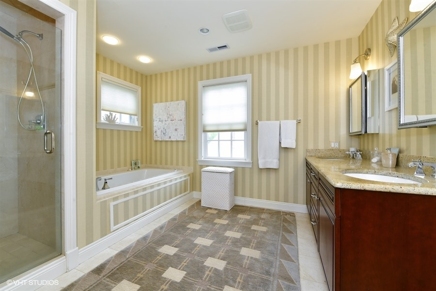 45B Master Bathroom .jpg
