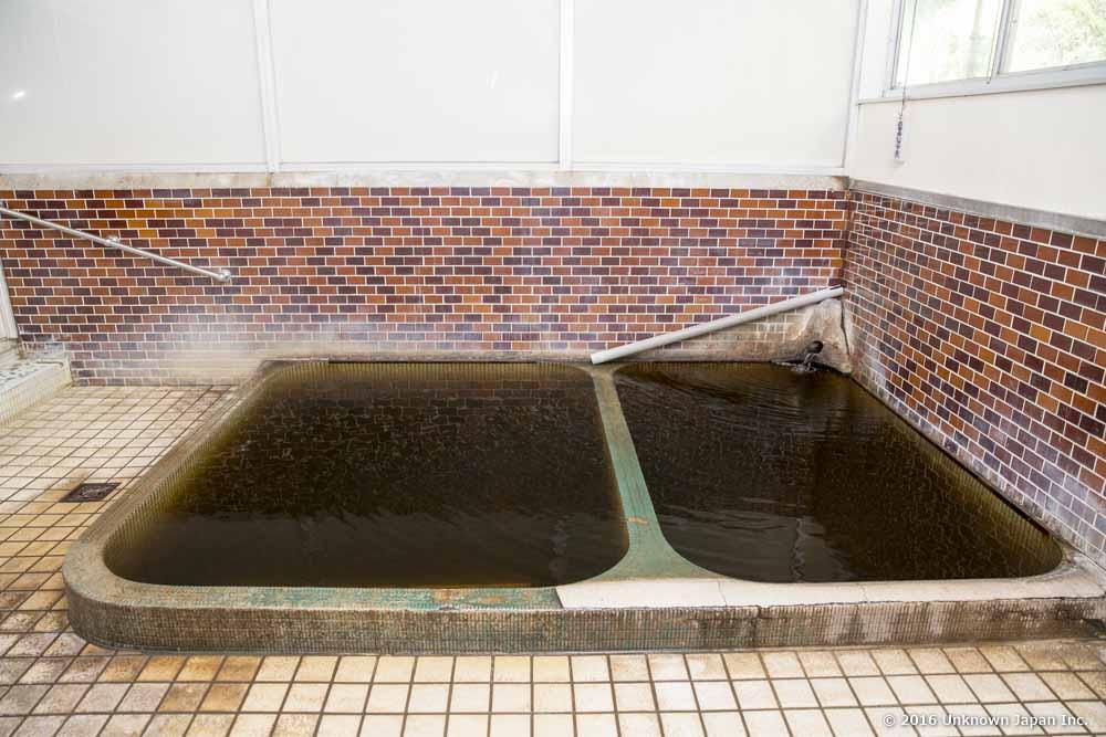 Haraguchi Onsen, bath