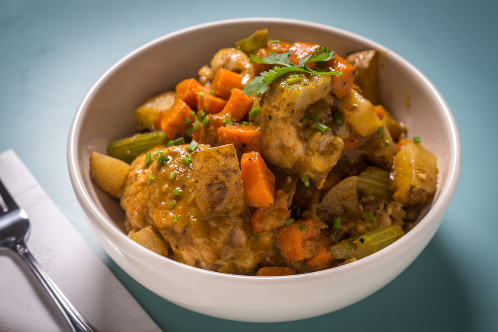 SALLY_ROOTS_curried_chicken_Credit-Paul_Wagtouicz_03.jpg