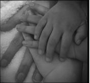 Las manos son capaz de dar y recibir. -