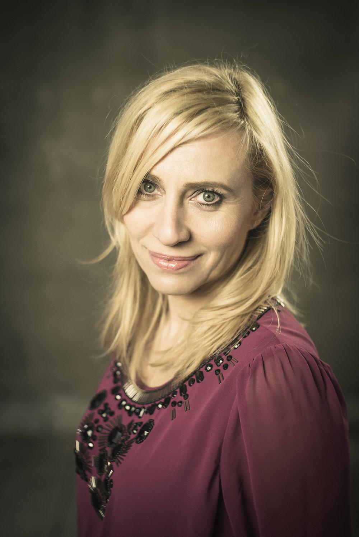Ania Glanowska - Z zawodu Ania jest restauratorką i instruktorką jogi, ale jej rola w komedii