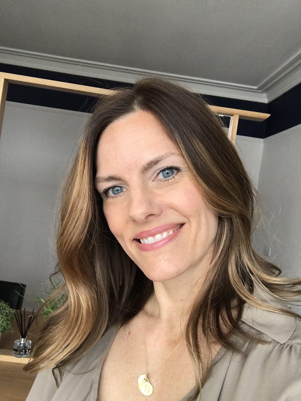 Nicole Barnett hairdressing