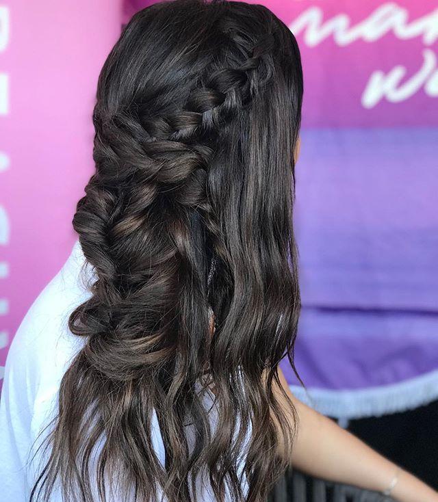 DREAM BIG & MAKE WAVES 🌊 . . . Braided by @breerubinhair & Curled using @thebeachwaver S1.25 for the @wsl Beach Waver Maui Pro 2018 🏄🏼♀️ . . #maui #breerubinhair #beachwaves #boho #bohobraids #thebeachwaver #mauihairstylist #mauiweddingstylist #mauibride #photoshoot #hairinspo #wsl #hairstylist #braids #lahaina #hilife #hawaii #engaged #hairstyles #paradise #weddinginspo #theknot #beyondtheponytail #igotbeachwaved #weddinginspo #hairgoals #beauty #blogger #updo #love