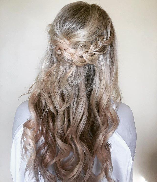 "Simplicity is 🔑 for a Maui Beach Wedding. Loved my #bohobride ✨ . . . Styled using @biolage RAW Texturizing Styling Spray + @babylissprousa 1"" iron for beach waves 🌊 . . . #mauimakeupartist #mauihairstylist #mauiweddinghair #mauiweddingmakeup #maui #mauibride #hairinspo #braids #beachwaves #bridalhair #hairstyles #beautyblogger #hawaii #theknot #breerubinhair #beyondtheponytail #hawaiiwedding #mauiwedding #boho #lahaina #weddinginspo #weddinghair #engaged #wailea  #bohoweddinghair #weddingdayready  #weddingwire  #Bridesbabe"