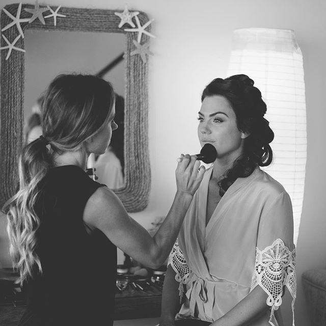 Details are 🗝Behind the scenes epic capture by one of my faves 📷@mauimakaphotography . . Hair + Makeup @breerubinhair . . . #maui #breerubinhair #makeup #mauibride #mauiwedding #makeupinspo #hairinspo #mauimakeupartist #mauihairstylist #wedding #bride #bridetobe #engaged #hawaii #destinationwedding #shesaidyes #hairstyles #boho #bohobride #theknot #weddingwire #bridalmakeup #bridal #madewithlove #updo #beauty #beautyblogger #brides #bridesmaids
