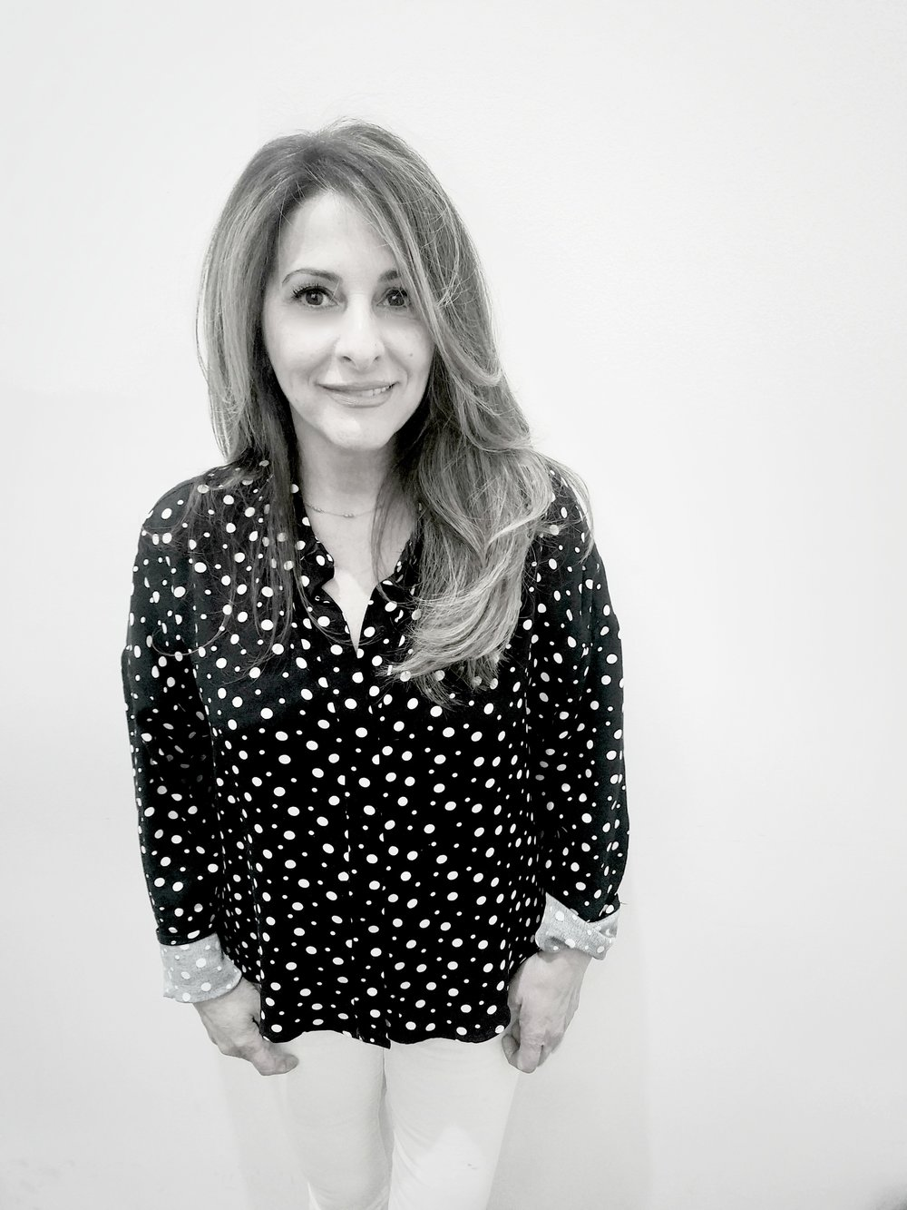 Carmela Bellini                                              Colorist Only  23 Years Experience  Born in: Montreal