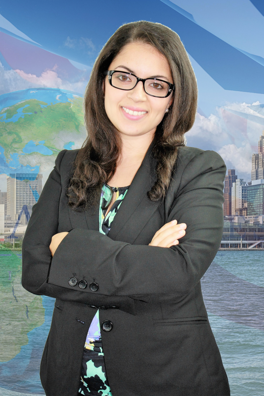 Abogada Farah Al-Khersan, ella habla espanol.