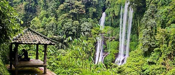 Gazebo-Sekumpul-Waterfalls-Buleleng-Bali.jpg