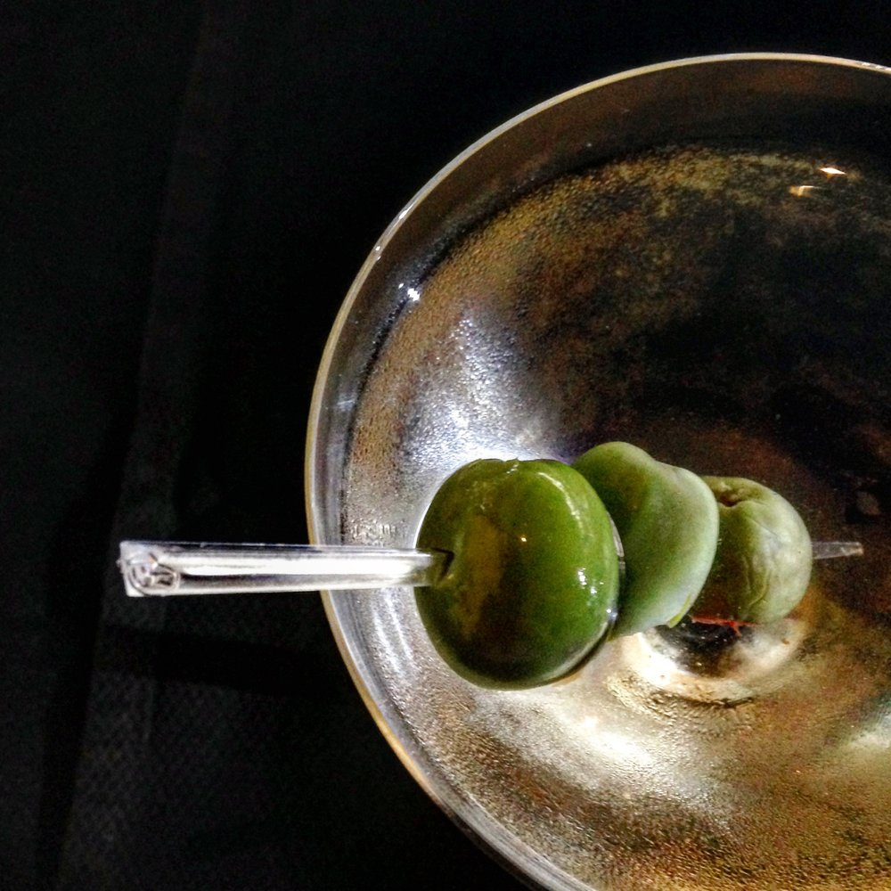 GIN MARTINI  - 2 oz PRESCRIBED SPIRITS AMERCAN GIN.5 oz DRY VERMOUTHMEASURE INGRIEDIENTS INTO A SHAKER ADD ICE AND SHAKE WELL FOR 20 SECONDSSERVE IN A MARTINI GLASS, GARNISH WITH A LEMON TWIST OR BLUE CHEESE STUFFED OLIVE