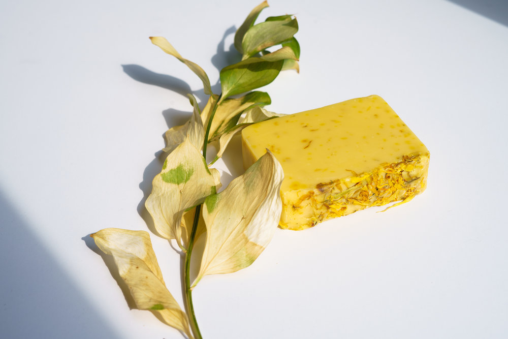 LemonSpiceis made with olive oil, sunflower oil, almond oil, hazelnut oil, castor oil, fully saponified lye, lemon, rosemary, and calendula flowers. Shelf life: 12-14 months