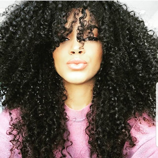 Kenzey Cooper giving us total #hairinspiration with her curls! 💗 #naturaltextures #naturalhair