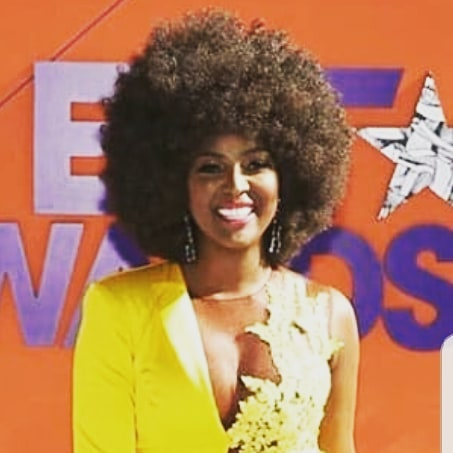 The beautiful Amara LaNegra giving us life at the BET Awards last night. Who did you love seeing?! 💛 #betawards