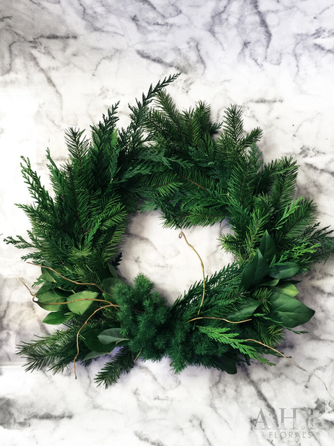 PINOT+PETALS-Mint-December-7-wine-and-pine-wreath (2).jpg