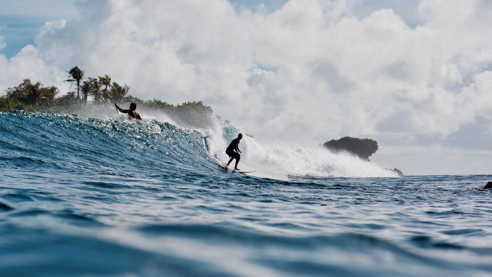 Rock Island: Best for experienced surfers looking for a fast punchy right.