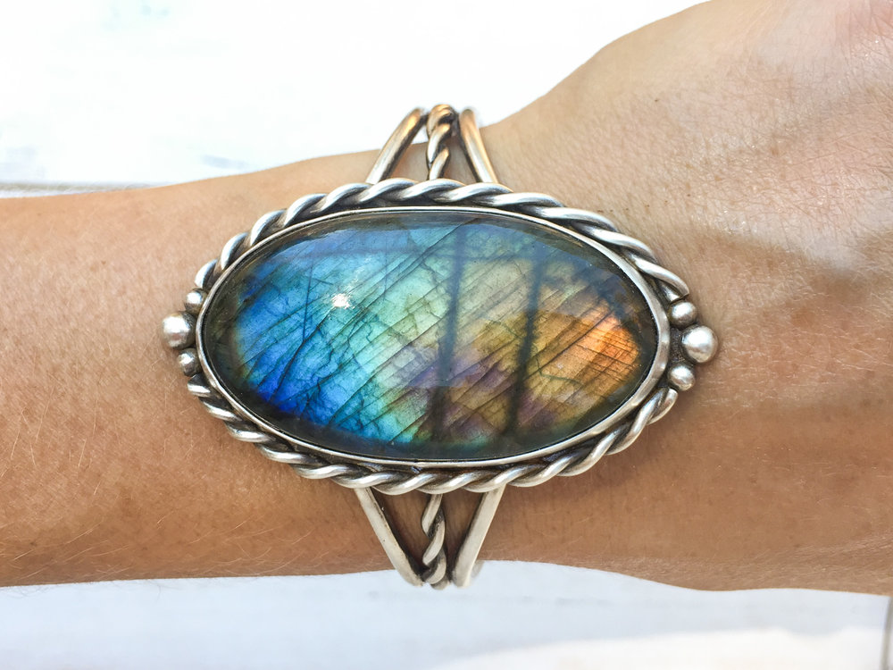Silver labradorite cuff - rainbow spectrolite labradorite w/ sterling and fine silver, adjustable, twisted wire accents, gifts for her