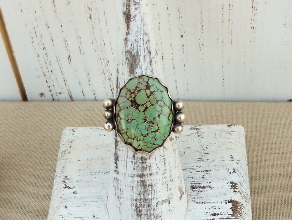 Silver turquoise ring with silver sphere accents - size 7