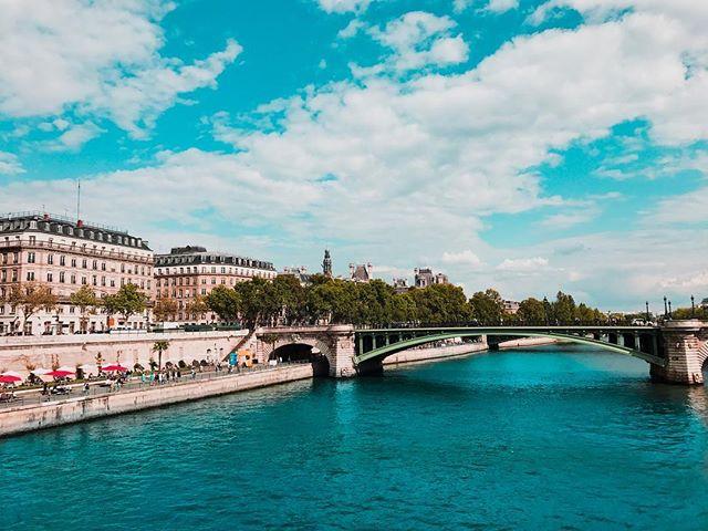 A [saturated] River Seine. . . . . . #seine #seineriver #riverseine #paris #parisian #parislove #parisjetaime #parisphoto #parismonamour #igersparis #igersatlanta #parismaville #parismylove #pariscityvision #thisisparis #architecture #beautifuldestinations #dametraveler #wanderlust #france #visitfrance #pariscityvision #pariscity #parisview #travelfrance #travelphotography #travelgram