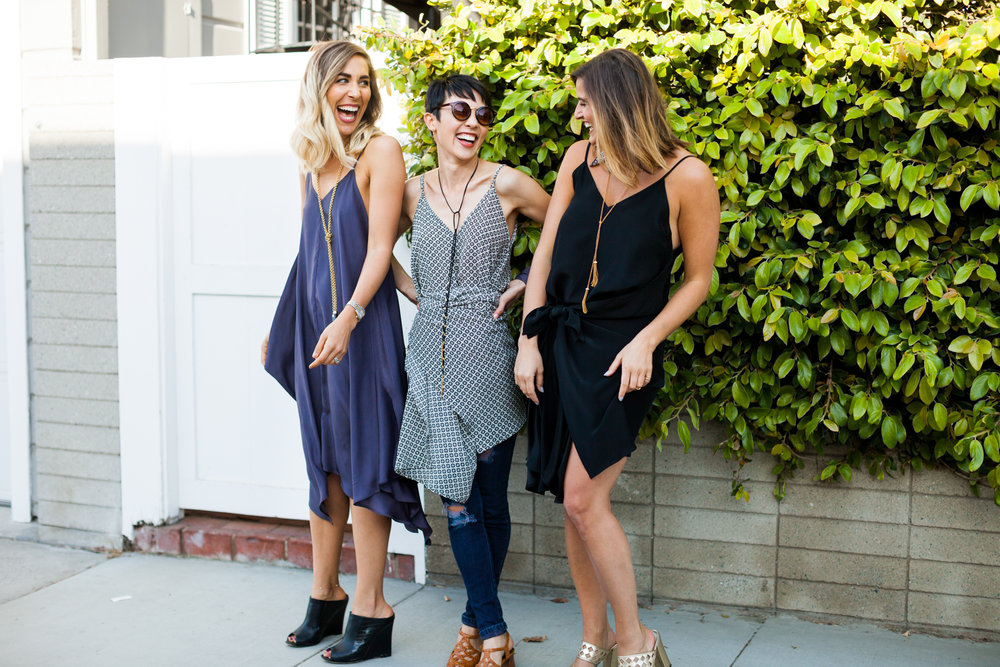 SeasonalSocial Hour - For modern women pursuingstyle + heart in equal parts.