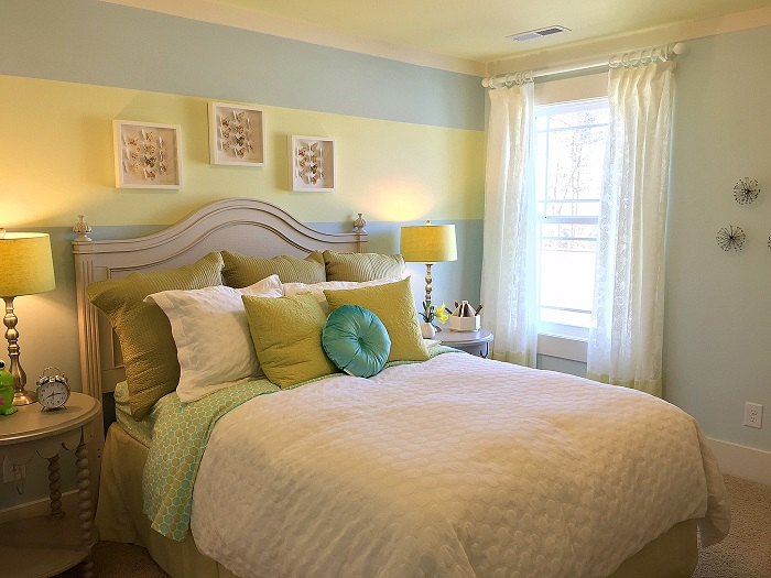 painted accent wall, relaxing color palette, soothing colors, interior paint