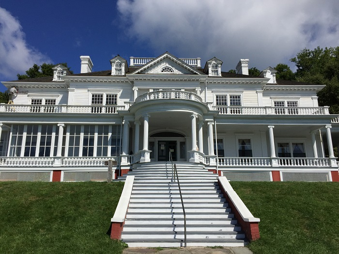 mansion, flat top manor, moses cone park