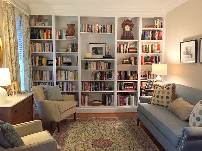 bookshelves, custom shelving, interior design Raleigh, transitional design, updated traditional rooms