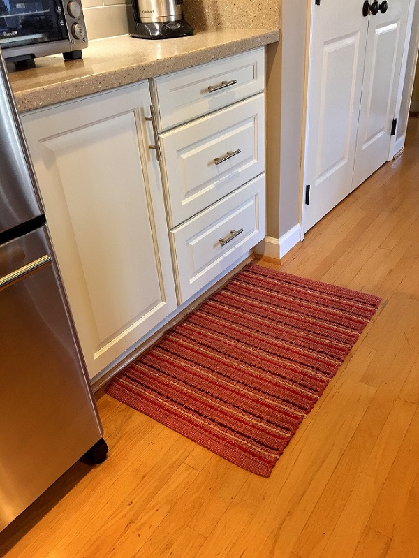kitchen rug, rag rug, orange rug, kitchen decorating ideas, decor changes