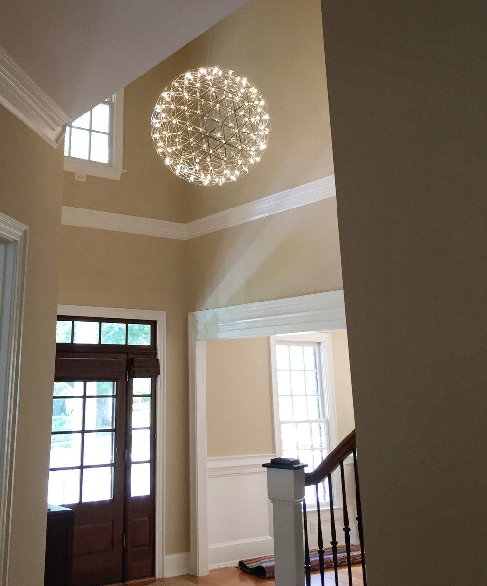 led_chandelier_foyer.JPG